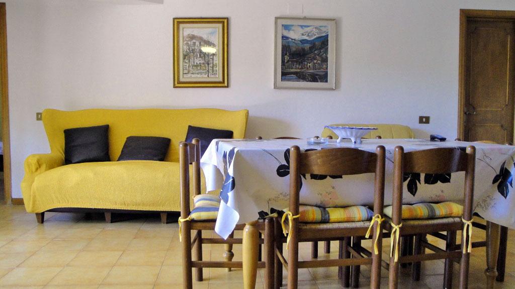 Appartamento mary all 39 isola d 39 elba camping lacona pineta for Appartamenti con una camera da letto con garage annesso