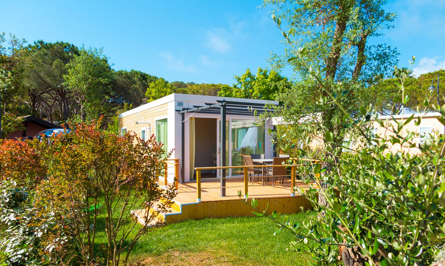 mobilheim mieten elba die mobilheime camping village. Black Bedroom Furniture Sets. Home Design Ideas
